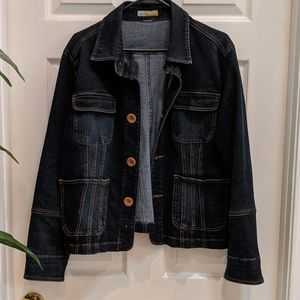 Tulle Plus Women's Denim Jacket with wooden button